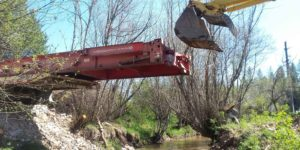 hatter creek earthworks idaho bridge construction excavator